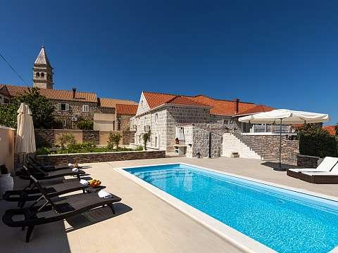 Villa Dalma