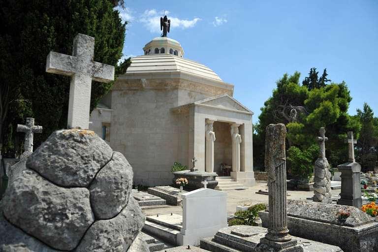 Le mausolée de la famille Račić