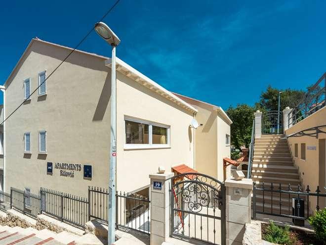 Apartments Rilović