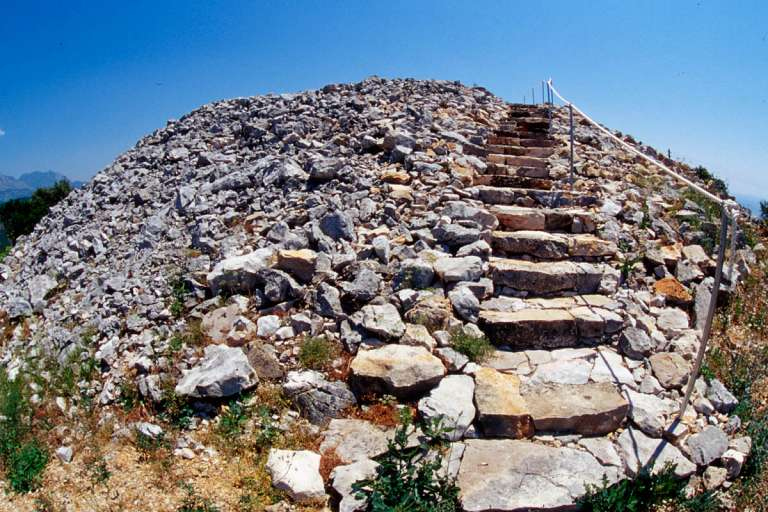 Sacral & Profane Monuments