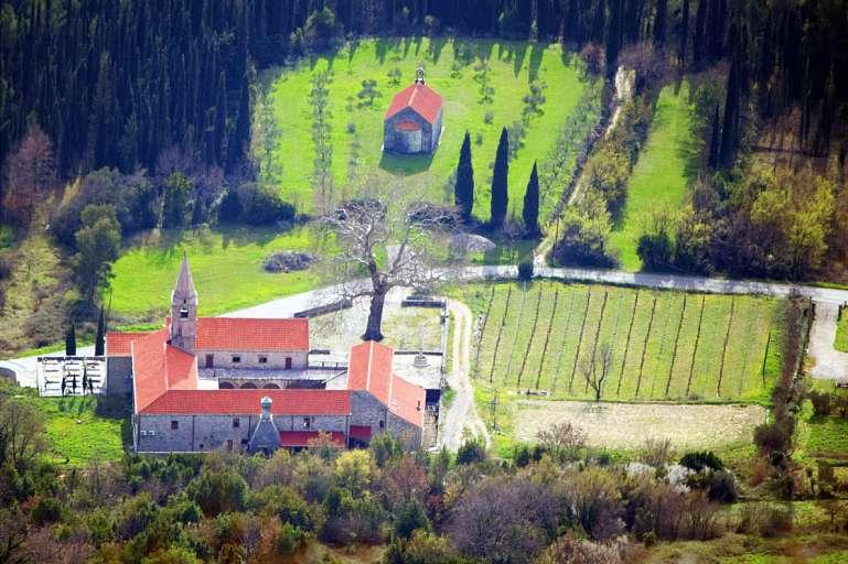 Monasterio franciscano Pridvorje